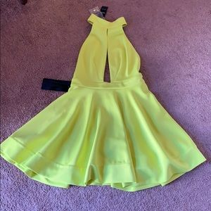 NWT Bebe Chartreuse Dress - Size M